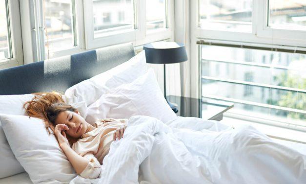 Ventilação e climatização durante o verão: 5 dicas para dormir bem